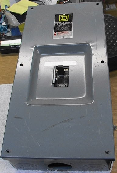 Enclosed Circuit Breaker thermal magnetic 20A 3-p 600V ...
